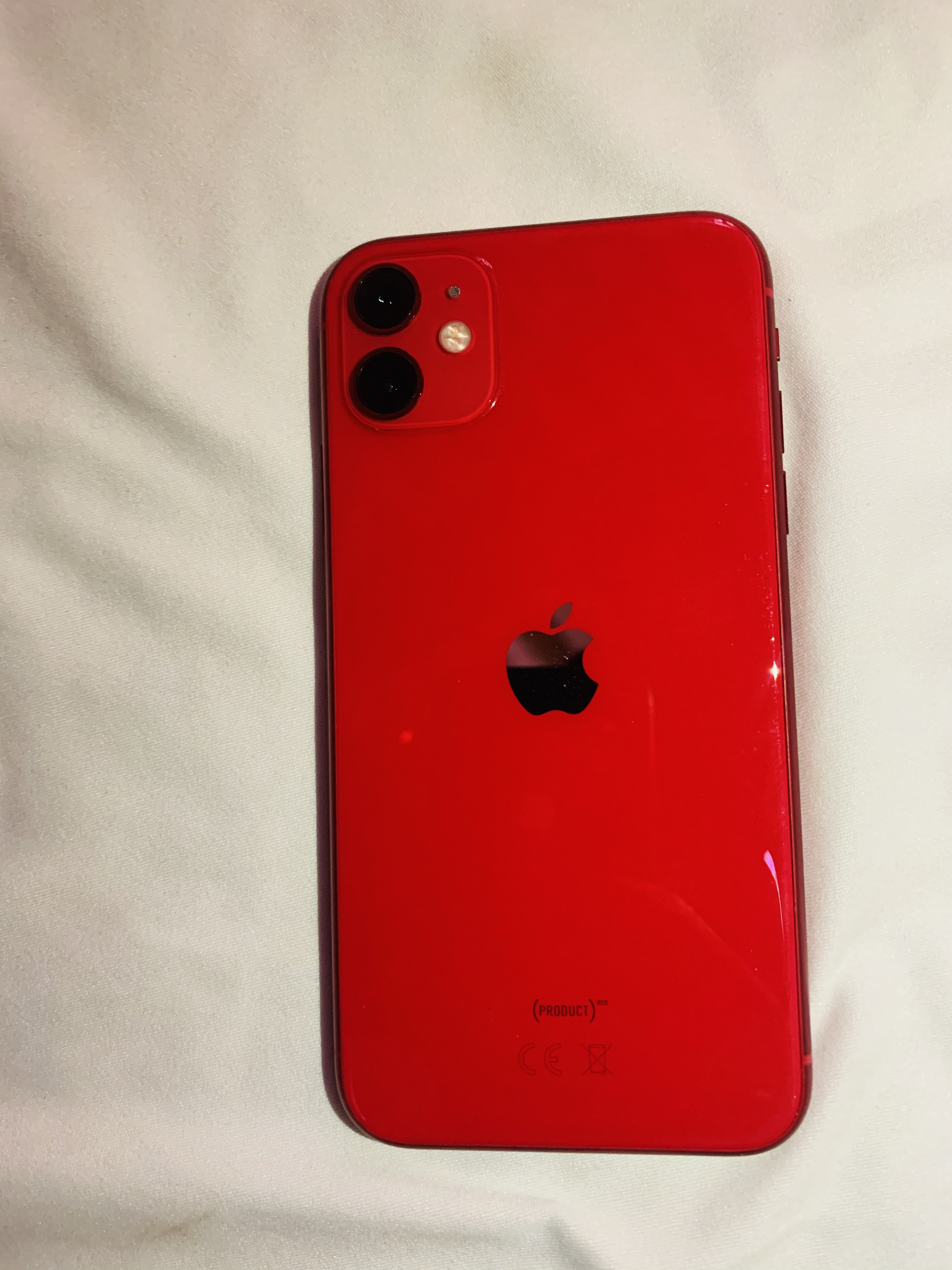 IPHONE 11 Simple RED 64 Iphone 11simple RED 64giga venant neuf