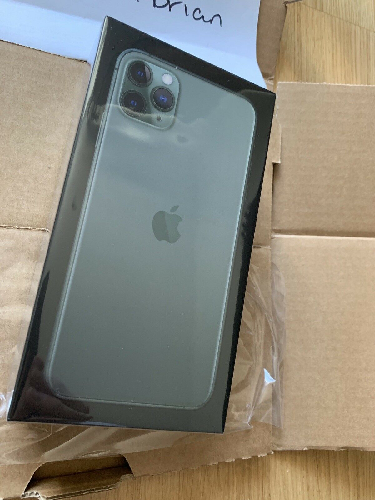 Apple iPhone 11 Pro Max 512GB Unlocked == $850 We sell all series of brand new original factory unlocked Apple iPhone
