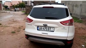 Ford Escape 2014 Ford escape *2014 automatique essence full option toit panoramique  avec camera de recul mutation même pas 2 semaines kilométrage